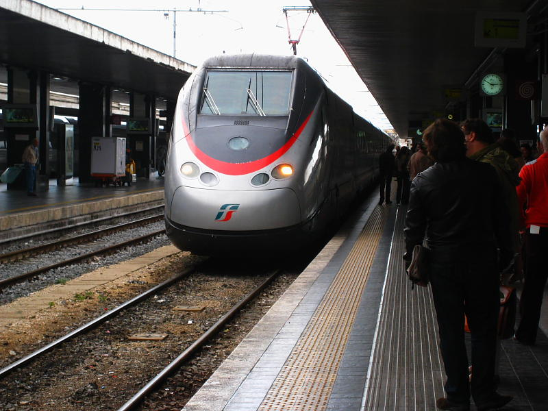 EuroStar con destino Nápoles en Estación Termini