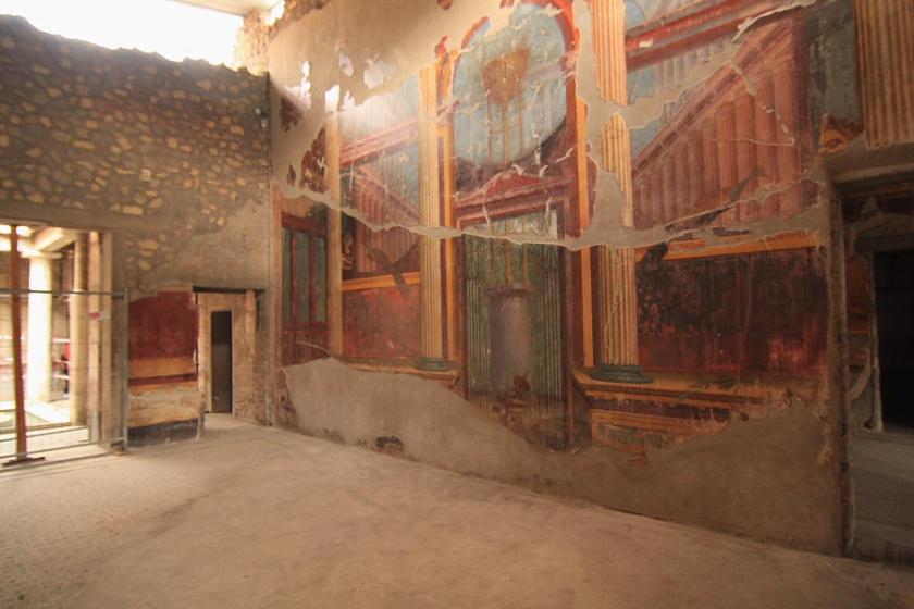 En Oplontis (Torre Annunziata) sólo una casa, Villa de Popea, ¡pero qué pedazo de casa!