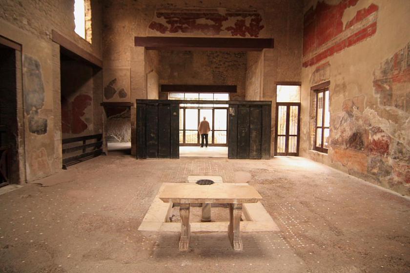 """Herculano es más pequeño que Pompeya pero tiene algunos """"domus"""" muy bien conservados"""