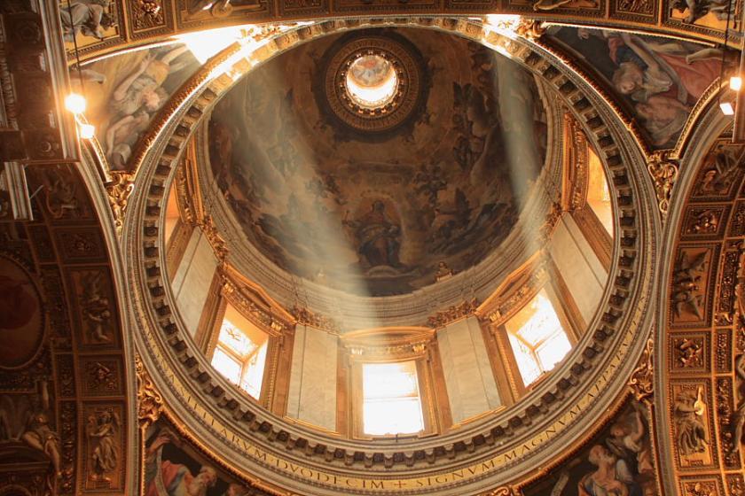 Una de las cúpulas de la pretenciosa basilica de Santa Maria la Mayor