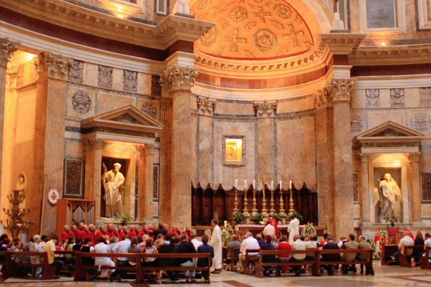 Celebración litúrgica en alemán en el Panteón romano