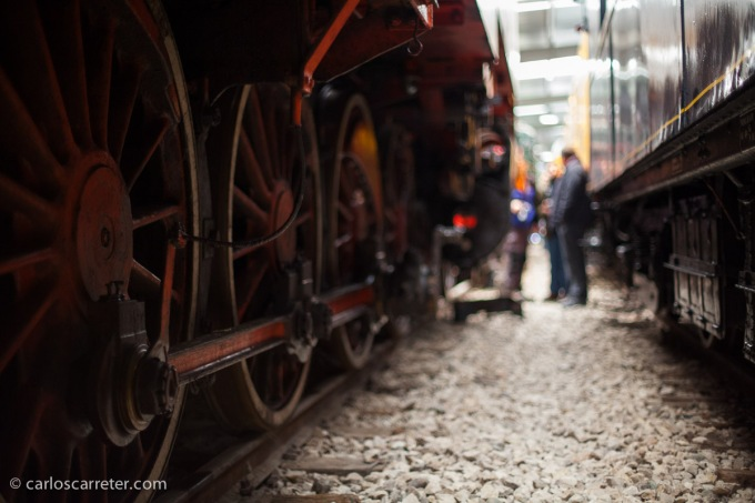 Hangar de material ferroviario de la Asociación Zaragozana de Amigos del Ferrocarril y del Tranvía (AZAFT) en Casetas.