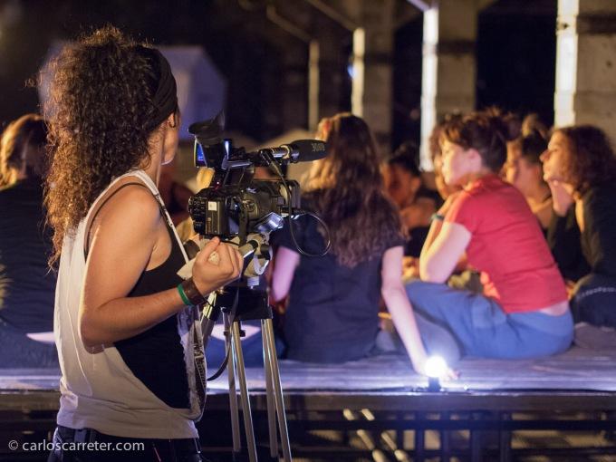 En junio me acerco a Madrid para ver fotografía. MadridFoto, PhotoEspaña,... y en el Matadero, un grupo de jóvenes bailarinas preparando su espectáculo.