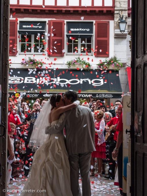 También en junio paso un de los mejores fines de semana de los últimos tiempos con unos amigos en Navarra y el País Vasco francés. En San Juan de Luz, estuvimos, donde fuimos testigo de una boda en la iglesia de San Juan Bautista.