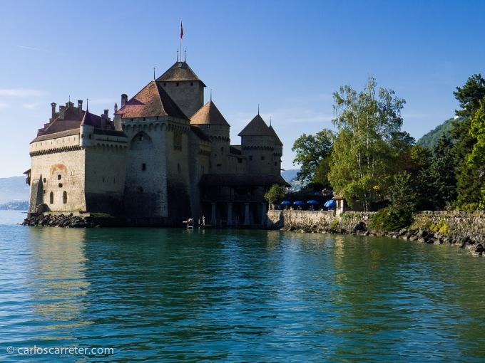 O visitar el vistoso Castillo de Chillón, en las mismas orillas del Lemán, cerca de la cola del lago.
