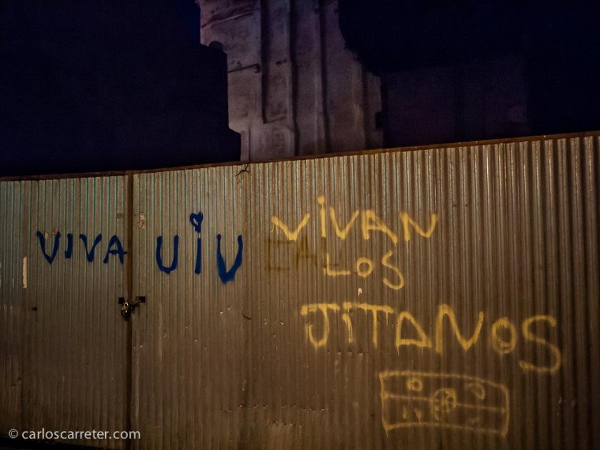 """Vivan los """"jitanos"""",... pues """"biban""""."""