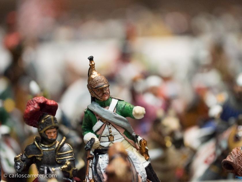 Bevilacqua es conocido por ser aficionado a pintar soldaditos de plomo; eso sí, de ejércitos vencidos.