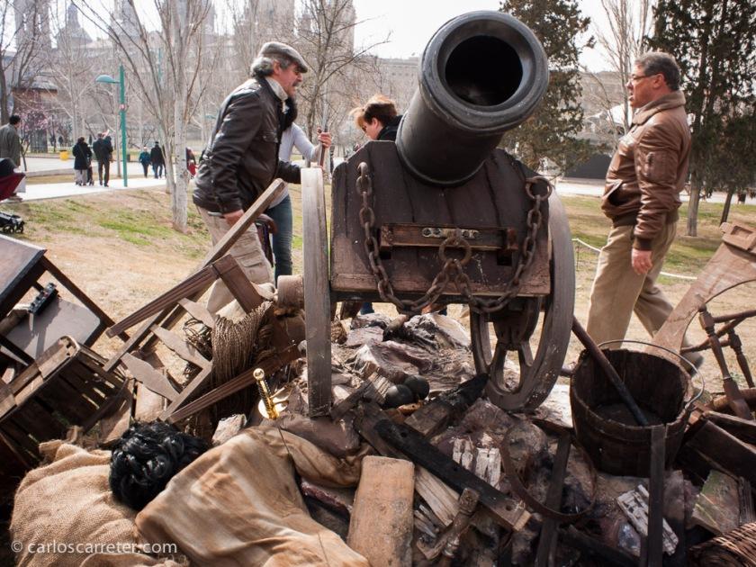 """La arboleda de Macanaz ha sido el lugar de celebraciones este año. El fin de semana como campamento de los """"combatientes"""" en los Sitios de Zaragoza."""