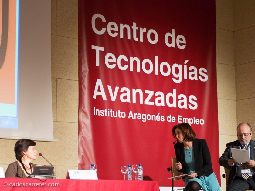 Animada por la presentadora de Aragón TV, Mirtha Orallo, los ponentes se ajustaron bien a las reglas del juego y ofrecieron una sesión dinámica al mismo tiempo que interesante en contenidos.