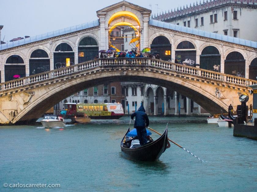 Puente de Rialto, Venecia.