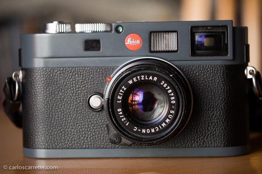 La Leica M-E con un poco habitual para estos modelos de cámaras Summicron-C 40/2.