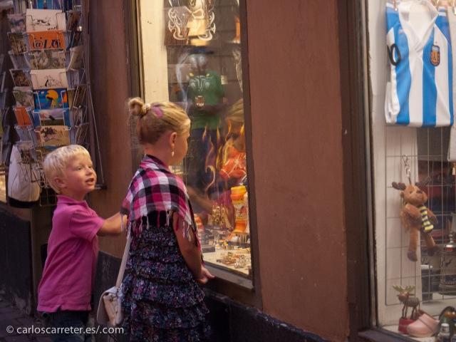 En las calles de Gamla Stan, Estocolmo (Suecia).