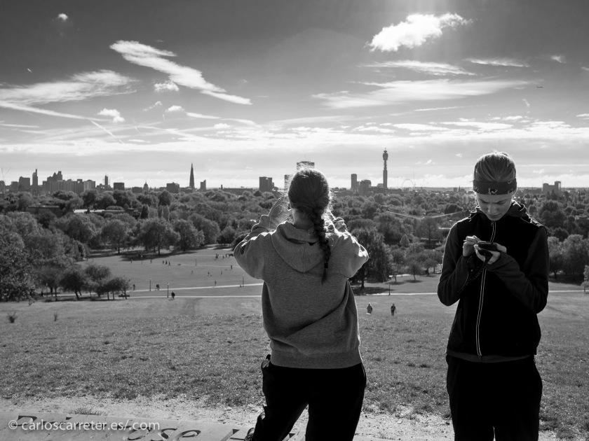 La serie que más me interesa en estos momentos se desarrolla en Londres, que aquí vemos desde Primrose Hill.