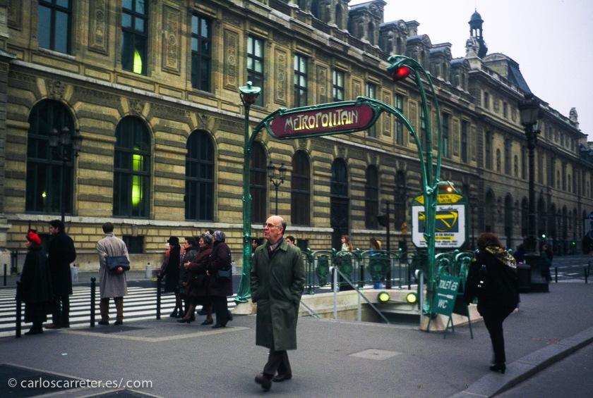 Salvo por la ausencia de puerto, quien sabe si podría ser París la ciudad inhumana y extraña para el señor Linh.