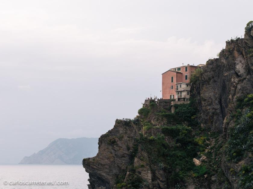 Pero estamos hablando del mismo tipo de tierras y paisajes, por lo que las Cinque Terre nos servirán perfectamente para ilustrar esta entrada.