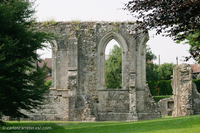 Ruinas de la abadía de Glastonbury.