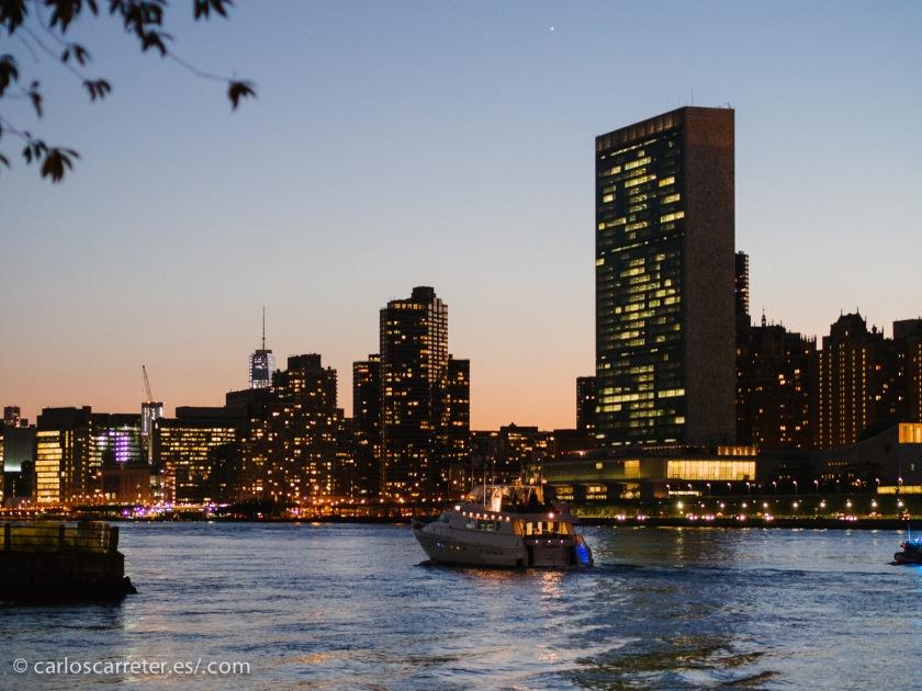 Por consiguiente, no tenía otra opción que ilustrar esta entrada con algunos paisajes neoyorquinos.