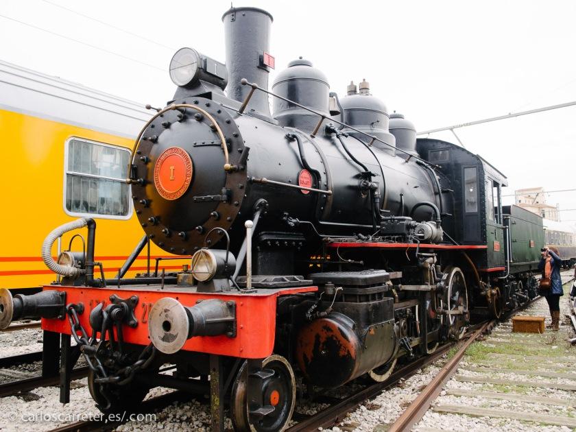 Una vista de la bonita Locomotora Baldwin nº 1 que, aunque con un aspecto cosmético espléndido, no está condiciones de circular por sí misma.