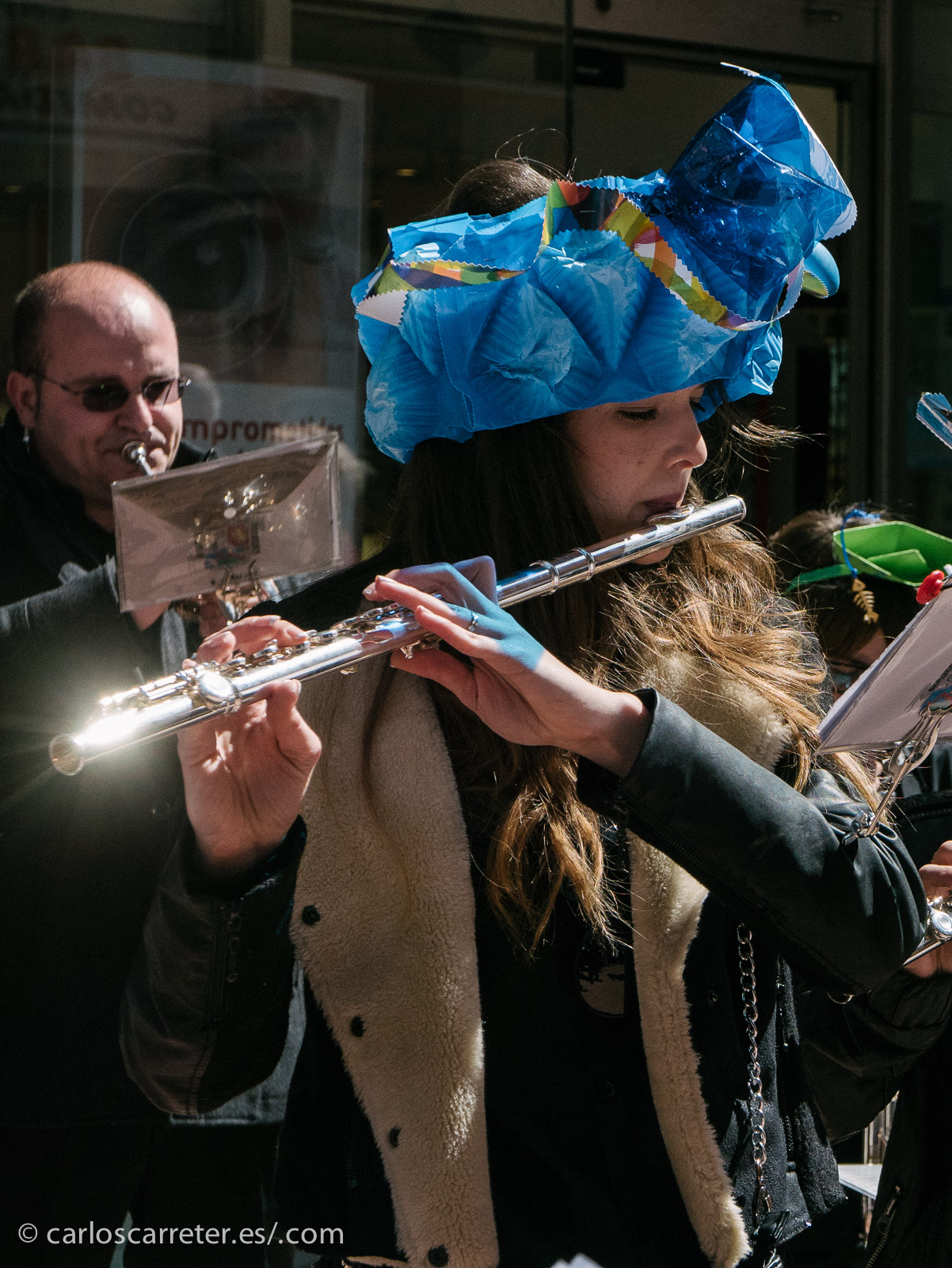 """Y allí nos dirigimos unos cuantos de los habituales del grupo de Flickr """"Fotógraf@s en Zaragoza"""" con intención de documentar el acontecimiento. Sol, buen tiempo, y buen rollo. Ese fue el secreto."""