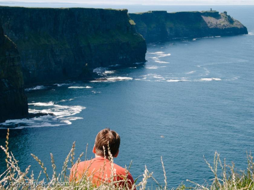 El lugar de la acción es la costa occidental de Irlanda, no el condado de Clare, donde encontramos los acantilados de Moher, sino el de Sligo, más al norte, que no he tenido la oportunidad de visitar.