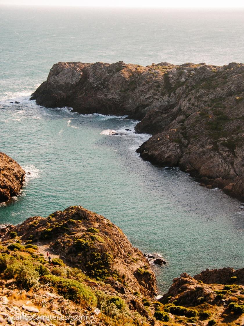 Para ilustrar la entrada, me parecía apropiado un ambiente marino. Pero he optado por el Mediterráneo en el cabo de Creus en lugar del Atlántico en Irlanda.