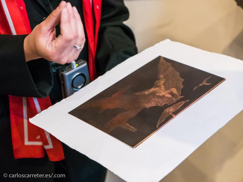 Detalladas explicaciones de la técnica del grabado antes de visitar las series completas de los de Goya.