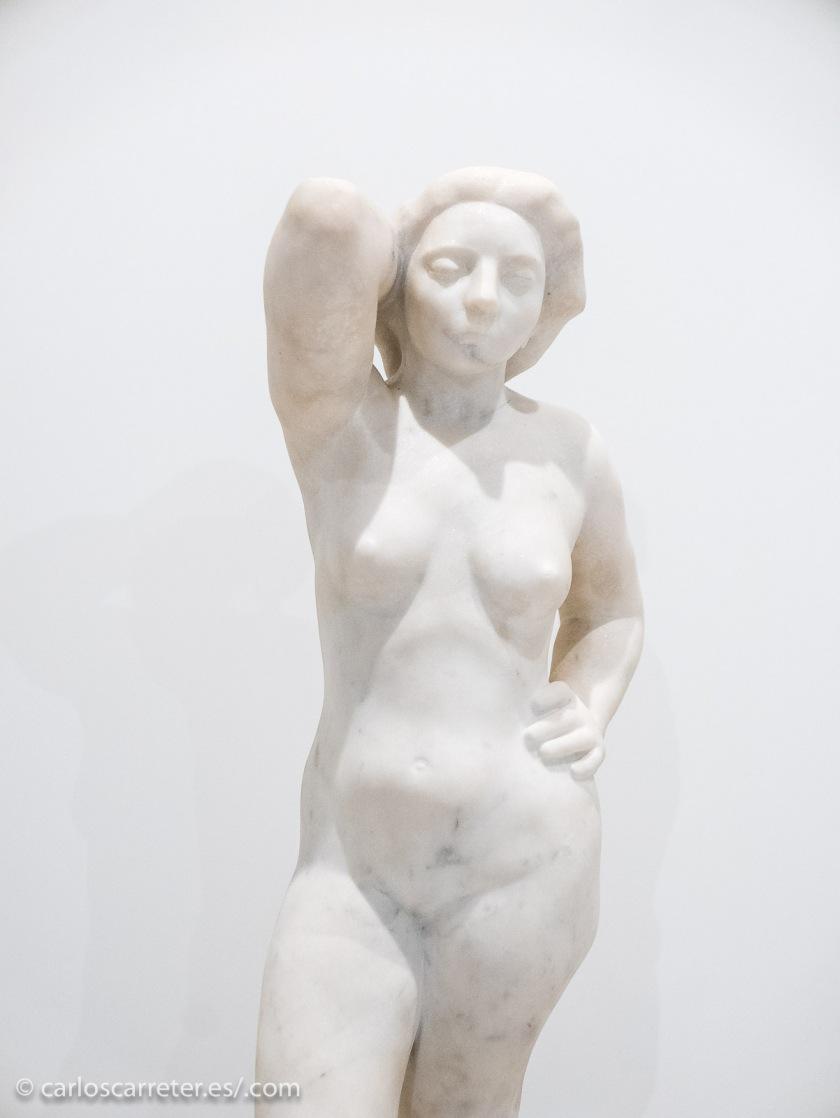 Una de las esculturas de Honorio García Condoy.