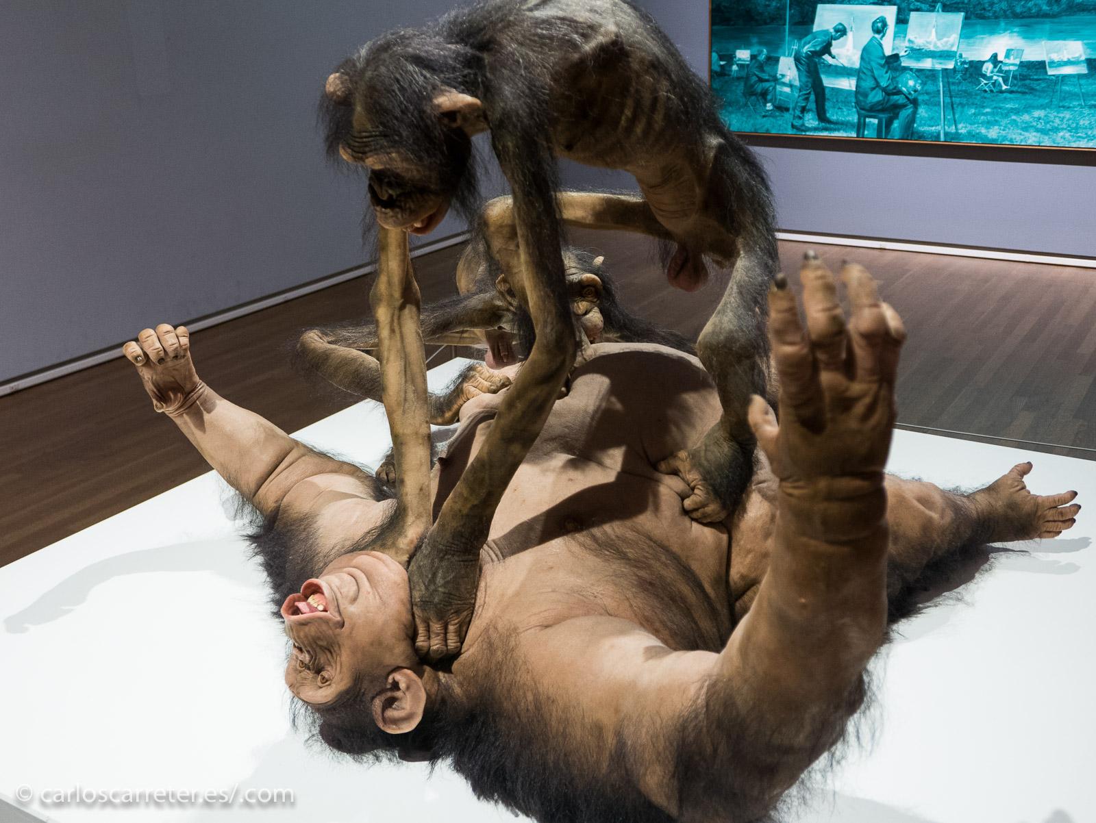 Pero las bajas pasiones y la violencia alcanzan a todos... esta escena que se puede ver en el Museo de Bellas Artes de Montreal, como el resto de las obras de esta entrada, me recuerda mucho a una escena del episodio final de la quinta temporada de Juego de Tronos. Pero con simios depilados en vez de peludos...