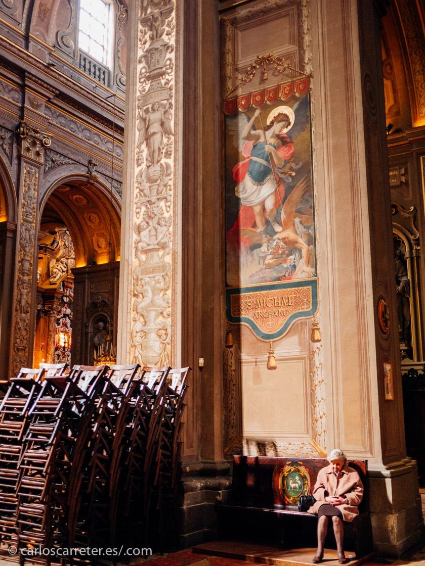 Buena parte de la vida de Lucrezia pasó en la bella ciudad de Ferrara, aquí el interior de la catedral.
