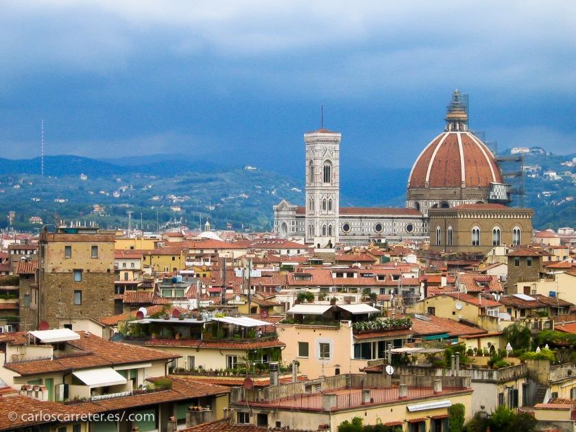 """Y la verdad es que pasear por Florencia siempre es un placer; más si uno se pilla """"una novia""""."""