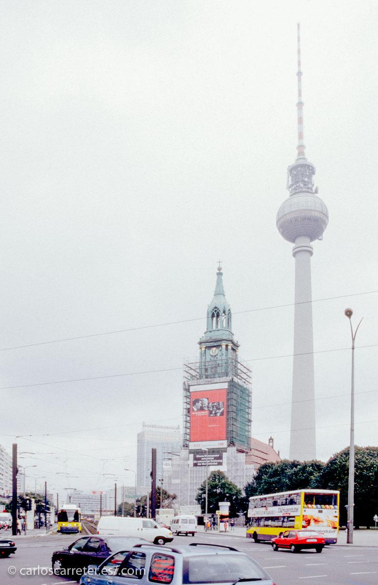 Especialmente al final de la película, cuando se rueda en el interior del Westin Grand Hotel... donde me alojé la primera vez que visité Berlín.