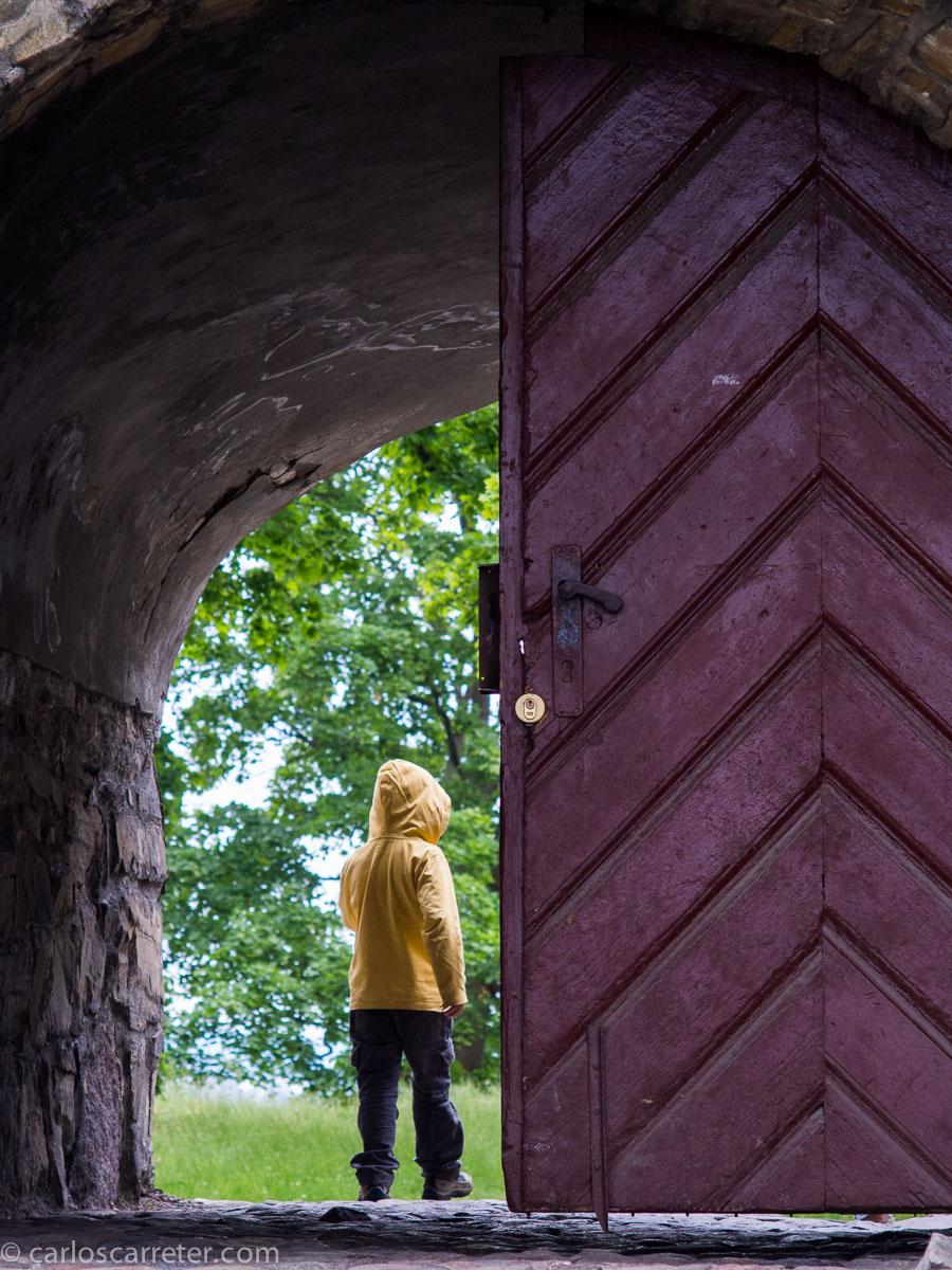 """Nuevamente nos vamos a Noruega, sea la fortaleza de Akershus en la """"calida"""" y cómoda Oslo."""