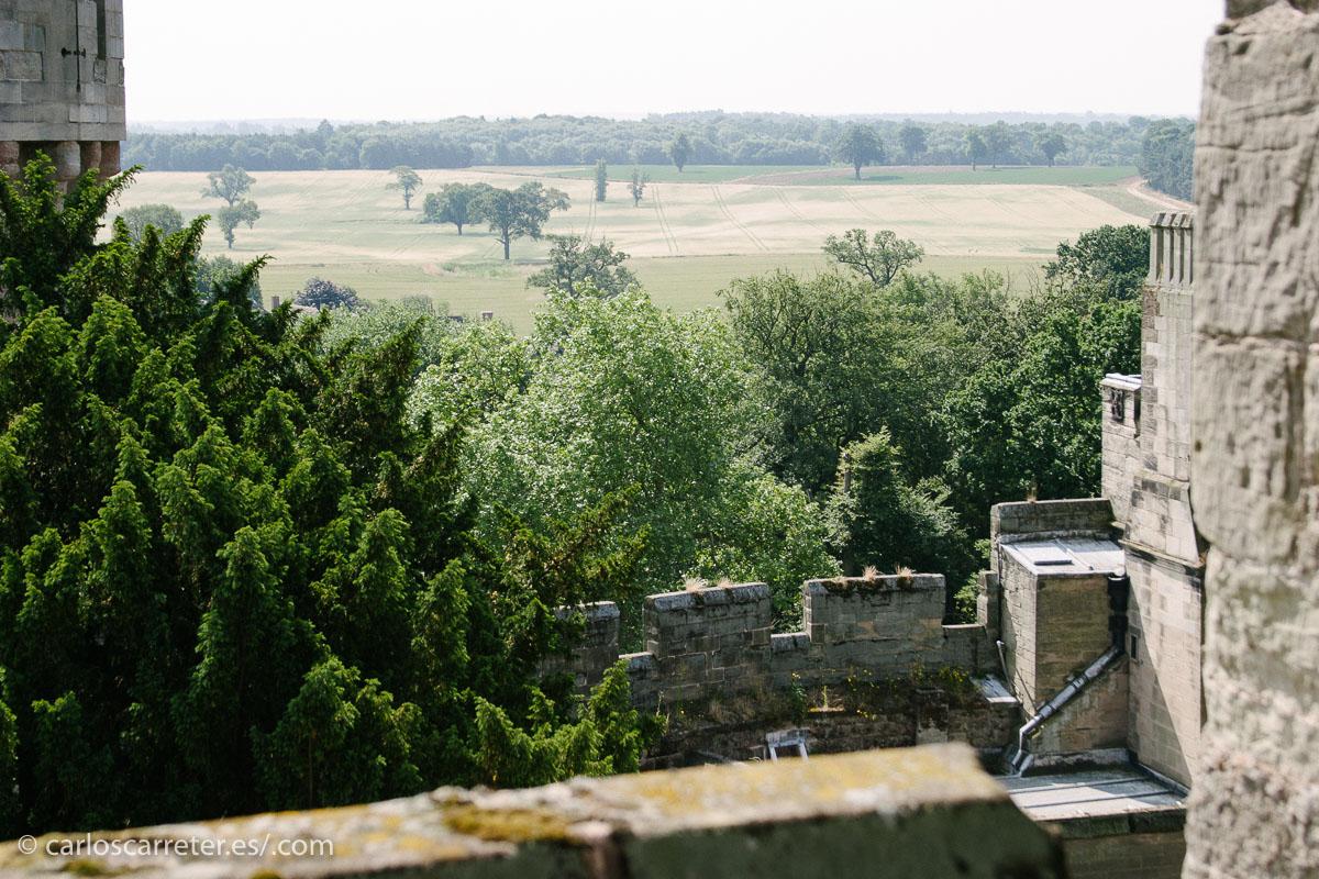 Pero no,... se trata de otro castillo, el de Anwick, que yo no the tenido la oportunidad de visitar.