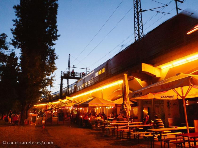 Omnipresentes en el paisaje berlinés de día y de noche.