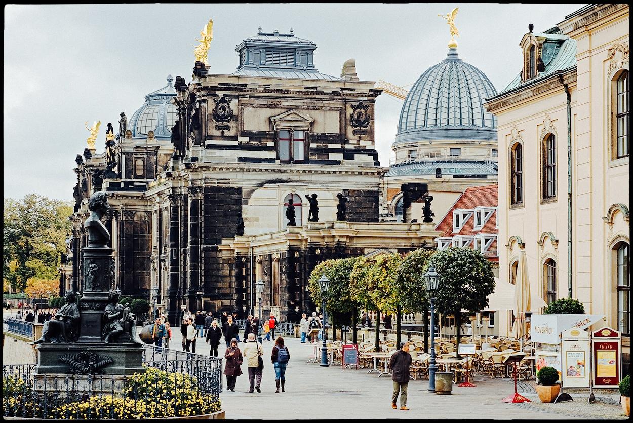 Y finalmente, Dresde en Alemania, donde según se nos cuenta se intentaron las primeras intervenciones quirúrgicas de cambio de sexo.