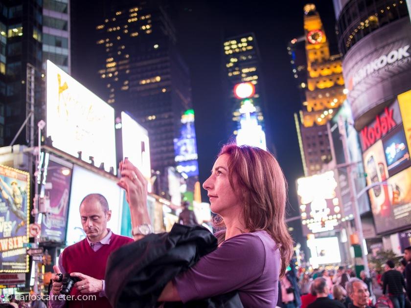 """Puesto que la serie que destaco hoy es la que nos lleva por las peripecias de la alter ego de la """"New York Philharmonic Orchestra"""",... nos iremos en fotografía a Nueva York."""