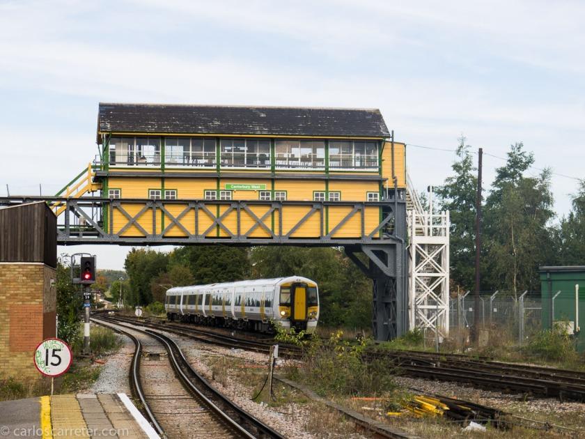 """Los trenes ingleses no tienen el mismo sabor que los de la película """"Breve encuentro"""", pero algunas estaciones son todavía muy agradables, como esta de Canterbury West."""