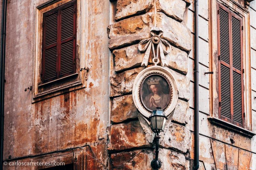 Pero de alguna forma, siempre percibes el ambiente inequívoco de la capital italiana.