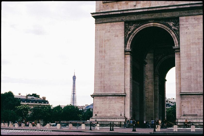 20070528-270 - Arco del Triunfo París.jpg