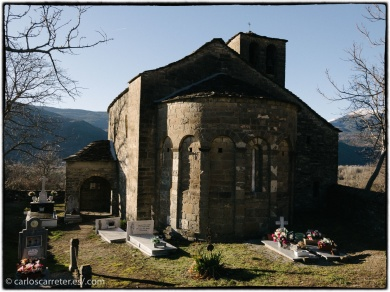 Iglesia de Oros Bajo.