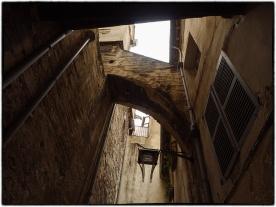 Callejuelas en el casco histórico de Aviñón